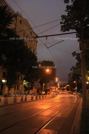 ノヴォクズネツカヤ駅近くのサドヴニチェスキー・プロイエズダ通りの写真素材 [FYI01190222]