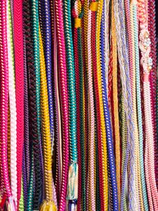 並んだ紐の写真素材 [FYI01190715]