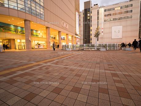 北千住駅前 東京都の写真素材 [FYI01190727]