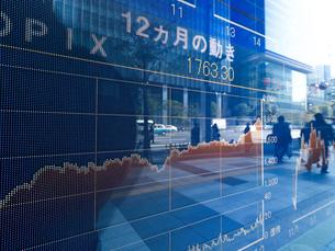 株価イメージの写真素材 [FYI01190893]