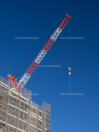 高層マンションの新築工事の写真素材 [FYI01191355]