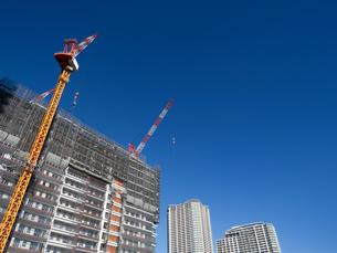 高層マンションの新築工事の写真素材 [FYI01191356]
