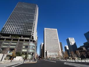 東京駅丸の内駅前広場の写真素材 [FYI01191375]