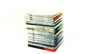 重なった複数のCDの写真素材 [FYI01191386]