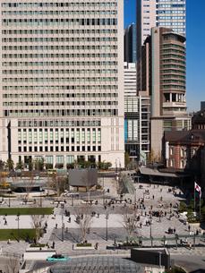 東京駅丸の内駅前広場の写真素材 [FYI01191642]