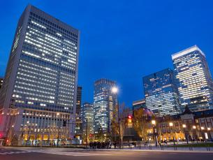 東京駅丸の内駅前広場の写真素材 [FYI01191647]