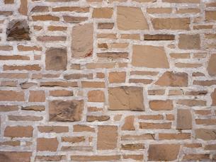 石を貼り込んだ壁の写真素材 [FYI01191695]