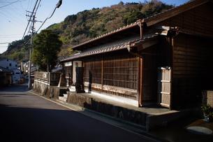 旧東海道 間の宿倉沢の町並みの写真素材 [FYI01192264]