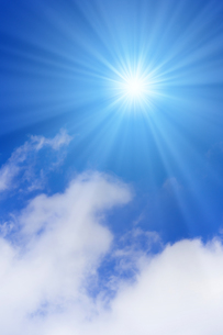 青空と太陽の写真素材 [FYI01193068]