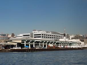 隅田川からみた築地市場の写真素材 [FYI01193207]