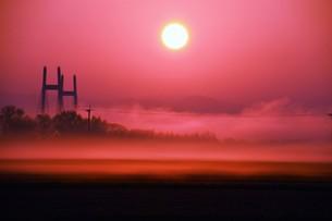 幻想的空間・朝霧の写真素材 [FYI01193696]