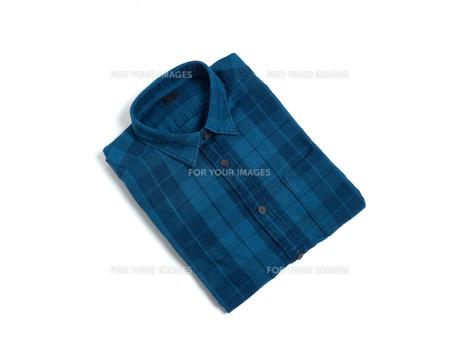 メンズの長袖シャツの写真素材 [FYI01193753]