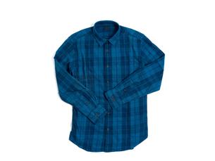 メンズの長袖シャツの写真素材 [FYI01193768]