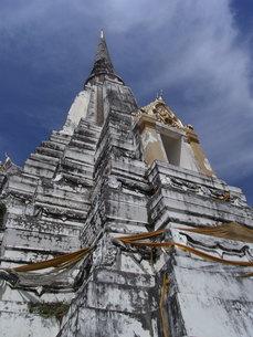 タイの仏塔の写真素材 [FYI01194419]