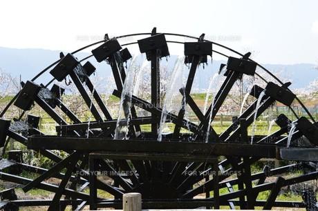 朝倉三連水車(福岡県朝倉市)/ 2017年7月九州北部豪雨以前 2014年3月撮影の写真素材 [FYI01195027]