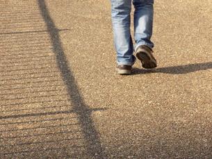 歩くの写真素材 [FYI01196186]