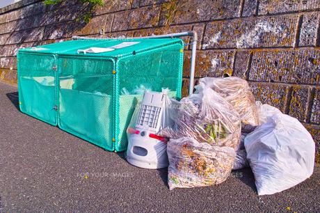 ゴミ集積所の写真素材 [FYI01196279]