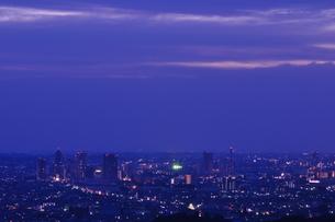 夜明けの街の写真素材 [FYI01196350]