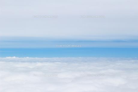 雲の水平線の写真素材 [FYI01197228]