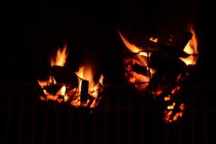 日本の風景・篝火(かがりび)の写真素材 [FYI01197278]