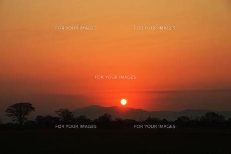 日本の風景・美しき天然 日の出 / 九州福岡県朝倉市の写真素材 [FYI01197507]