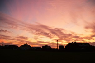 日本の風景・夕暮れのシルエット / 九州福岡県朝倉市の写真素材 [FYI01197552]