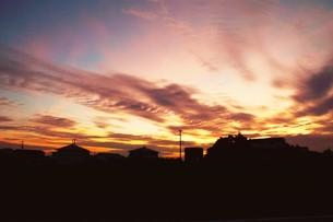 日本の風景・夕暮れのシルエット / 九州福岡県朝倉市の写真素材 [FYI01197553]