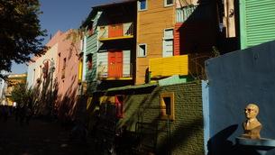 カミニート ボカ地区 ブエノスアイレス アルゼンチンの写真素材 [FYI01198239]