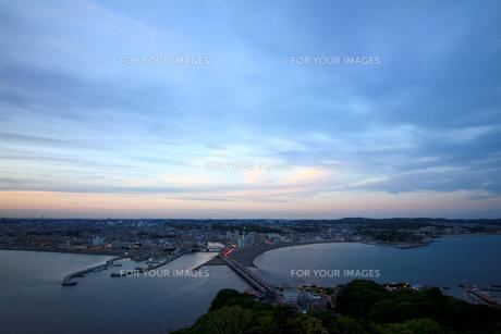 江の島の夕景の写真素材 [FYI01198899]