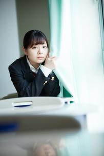 教室 女性生徒の写真素材 [FYI01199203]