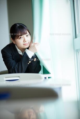 教室 女性生徒の写真素材 [FYI01199204]