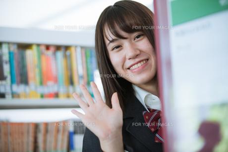 学校生活を送る女子高生の写真素材 [FYI01199246]