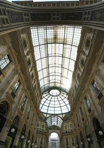 ミラノのガレリアの天井の写真素材 [FYI01199395]
