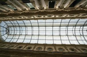 ミラノのガレリアの天井の写真素材 [FYI01199396]