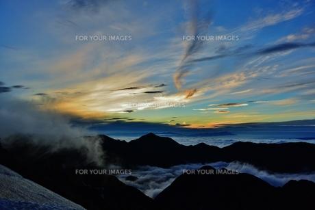 雲海の朝の写真素材 [FYI01199968]