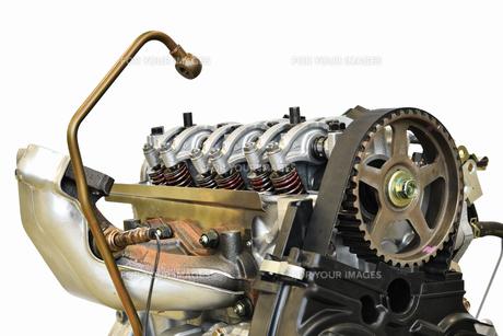 自動車エンジンの修理の写真素材 [FYI01199977]