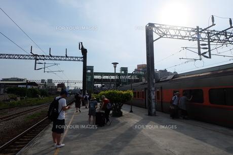 台湾 郊外 駅の写真素材 [FYI01200200]