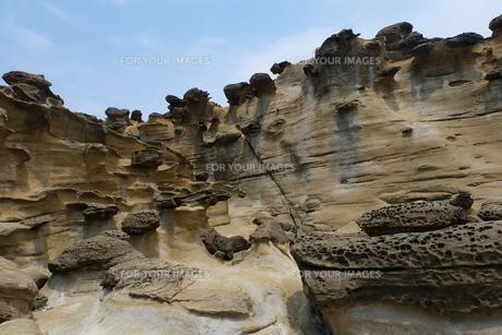 台湾 奇岩 深澳岬角(象鼻岩景觀區)の写真素材 [FYI01200222]