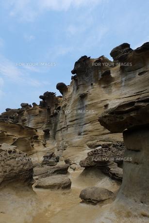 台湾 奇岩 深澳岬角(象鼻岩景觀區)の写真素材 [FYI01200226]