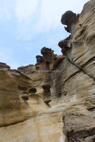 台湾 奇岩 深澳岬角(象鼻岩景觀區)の写真素材 [FYI01200228]