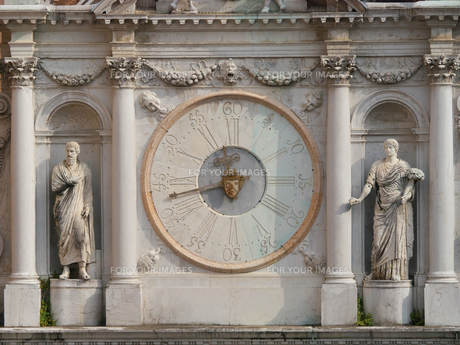ドゥカーレ宮殿の時計の写真素材 [FYI01200266]