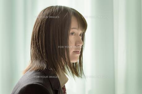 教室の女子高生の写真素材 [FYI01200389]