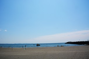 日本の風景 ・ 初夏の湘南ビーチの写真素材 [FYI01200505]