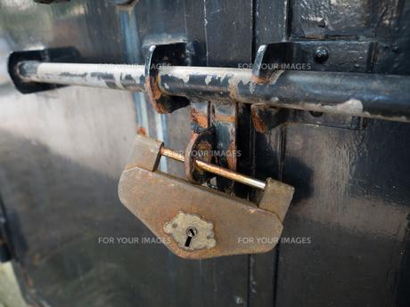 古い錠前の写真素材 [FYI01200513]