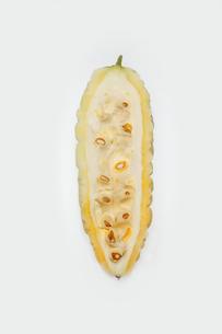 白いゴーヤ ニガウリの写真素材 [FYI01201048]