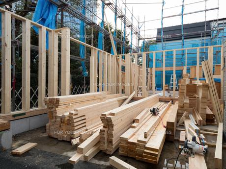 木造住宅の建設の写真素材 [FYI01201139]