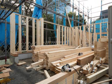 木造住宅の建設の写真素材 [FYI01201144]