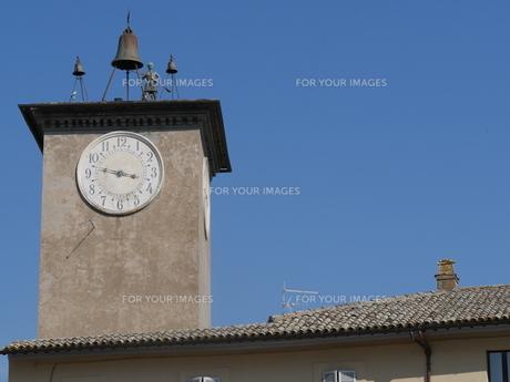 イタリア オルヴィエートのモロタワーの時計の写真素材 [FYI01201219]