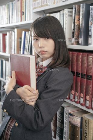 青山裕企講師による撮影実習・セミナー ~みんなでつくる「スクールガール・コレクション」の写真素材 [FYI01201449]