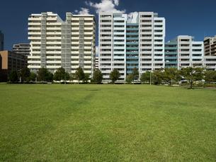 幕張の高層マンション街の写真素材 [FYI01201964]